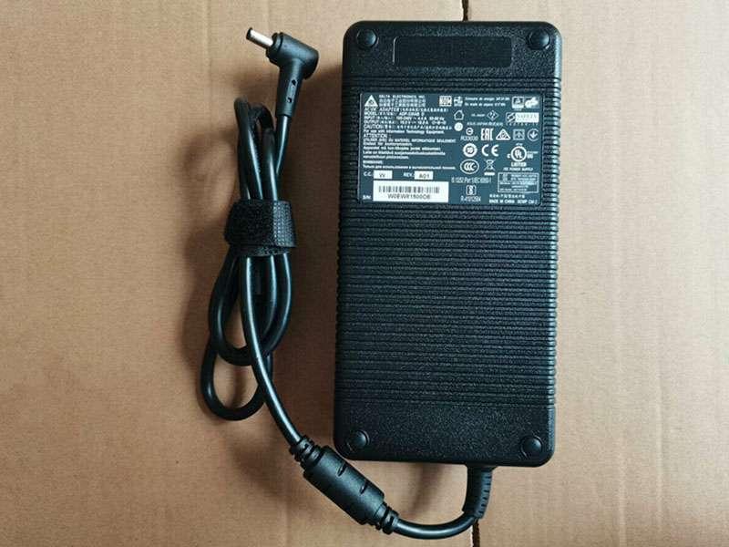 Adaptateur Asus ADP-330AB_D